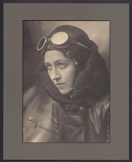 Amy Johnson - British Female Aviator Signed Photo circa 1930
